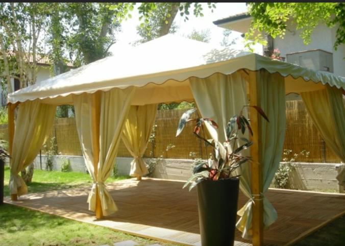 cenador de jardin estilo carpa, material madera
